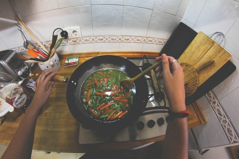 Cooking In The Kitchen - Teen Rehab