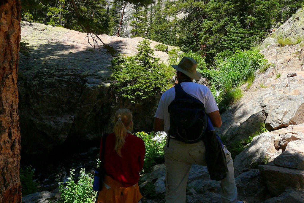 Father Daughter Hiking - Teen Rehab